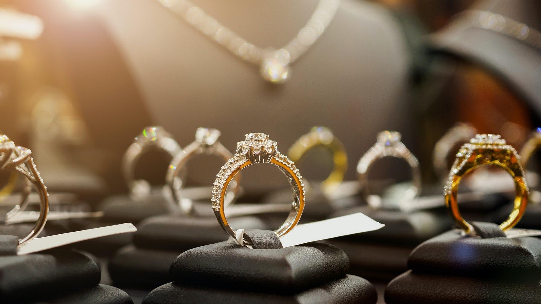 An Expert's Advice on How to Buy Fine Jewellery