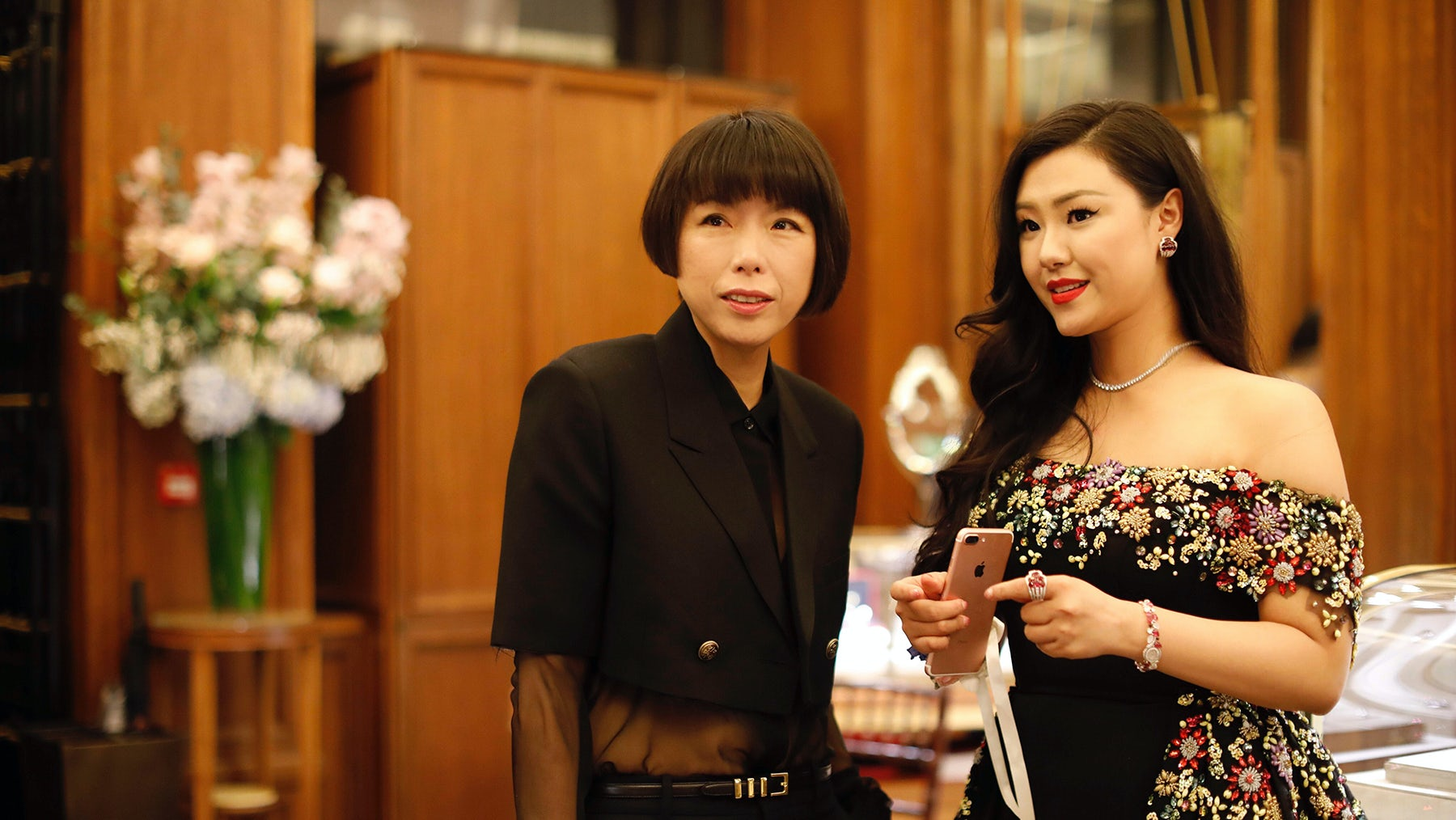 From left: Vogue China's editor-in-chief Angelica Cheung and Diana Lu Wang | Source: Diana Lu Wang