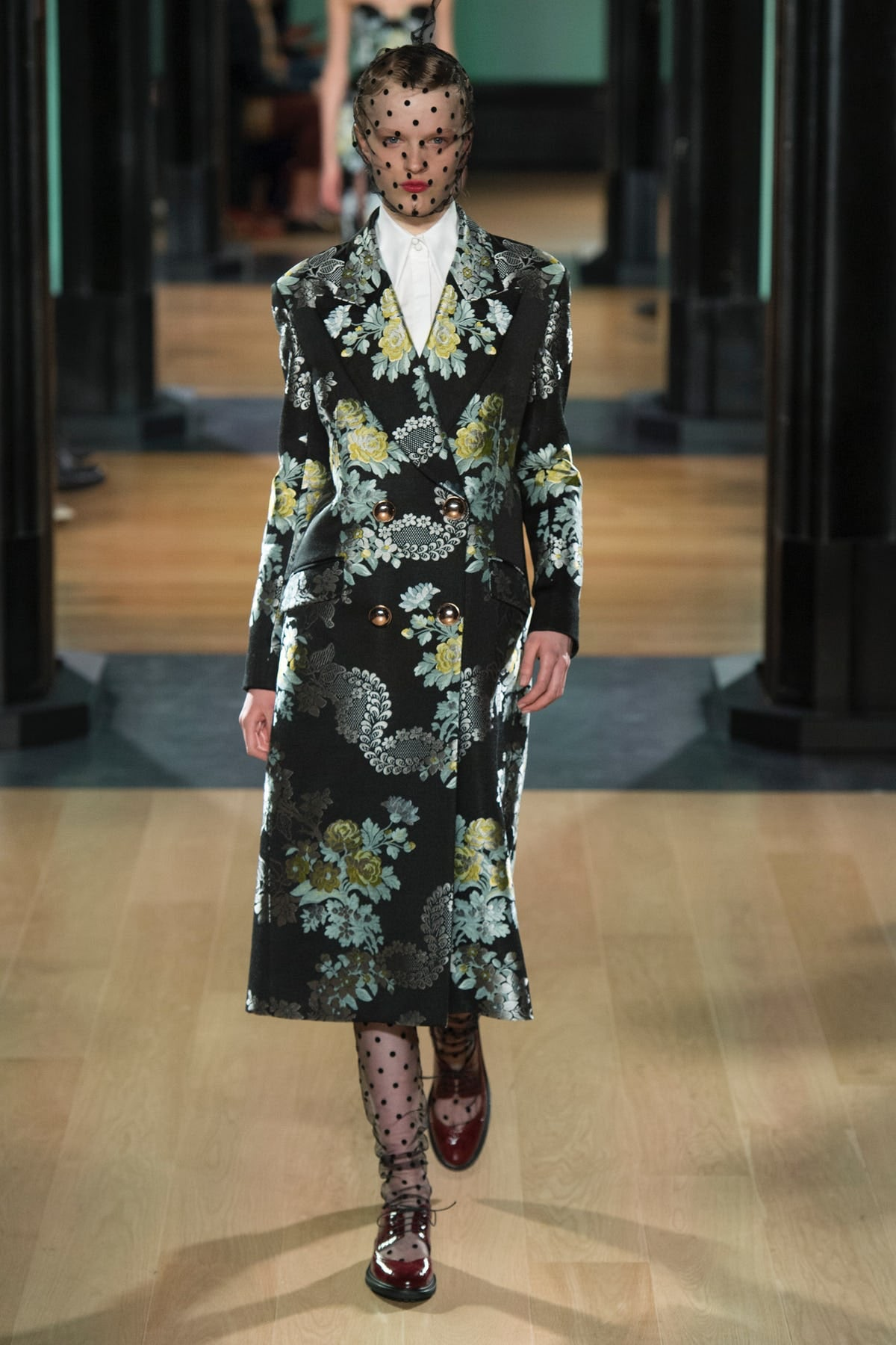 Erdem Spins a Dazzling Tale