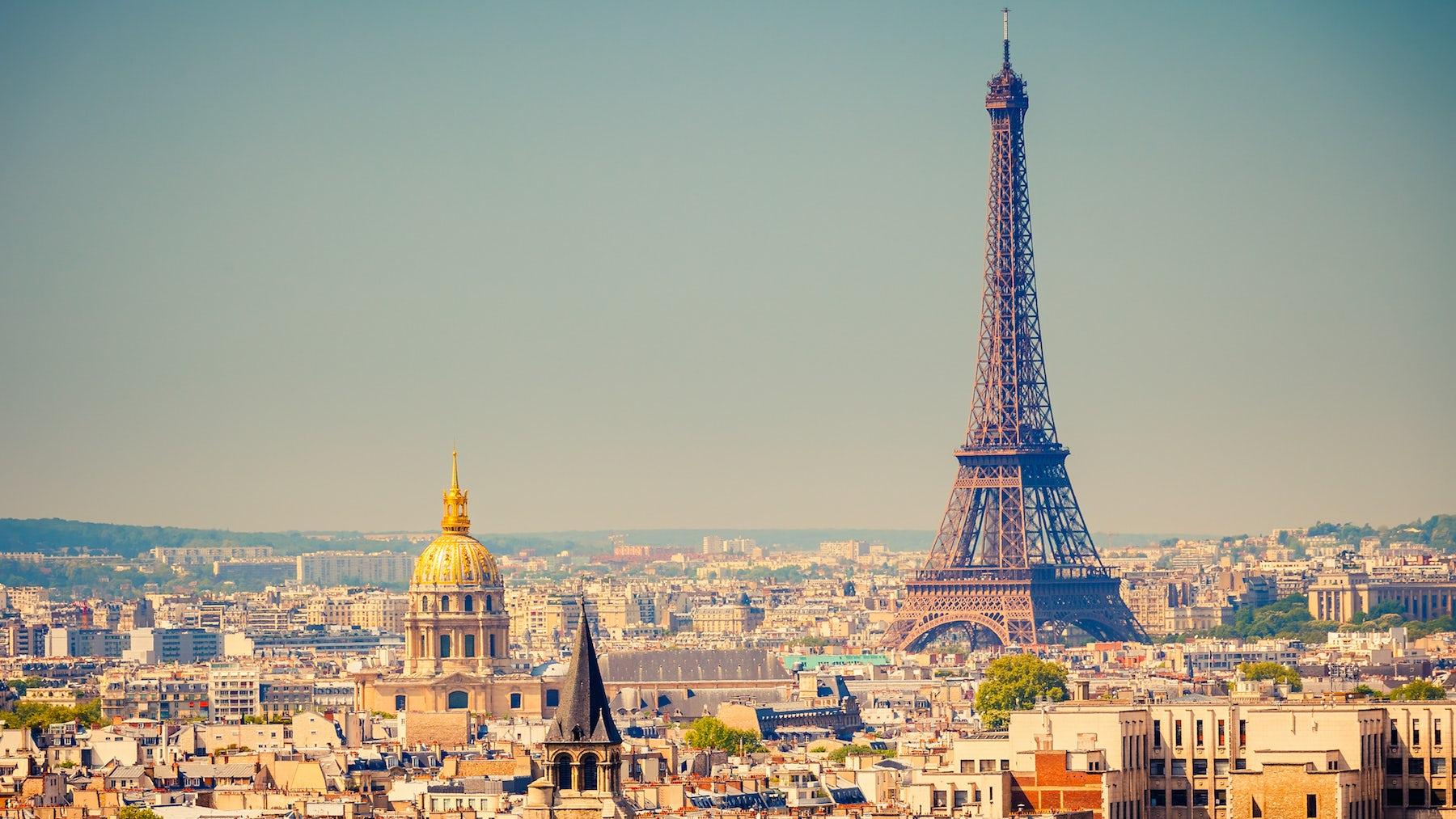 Want a Fashion Job in Paris?