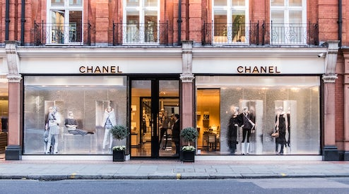 ddf418a6981d Chanel Strikes Farfetch Deal to Augment Boutiques