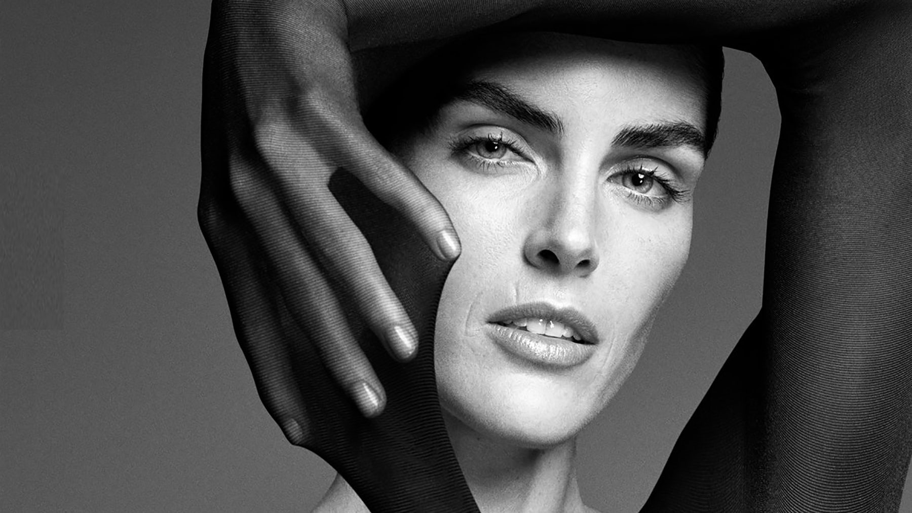 Wolford Spring/Summer 2018 campaign ft. Hilary Rhoda | Source: Wolford
