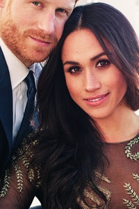 Meghan Markle wearing Ralph & Russo for her official engagement photo | Photo: Alexi Lubomirski via Getty