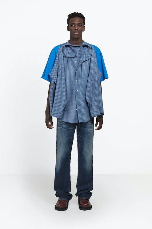 30b2ab4f6 The $1,290 Balenciaga Shirt That Messed With the Internet | News ...