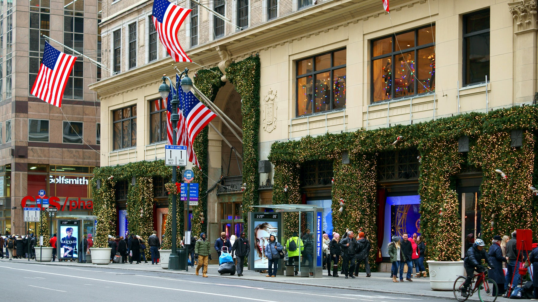 Lord & Taylor flagship in Manhattan | Source: Shutterstock