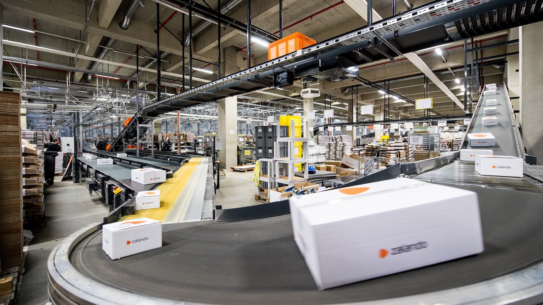 Zalando logistics centre | Source: Courtesy