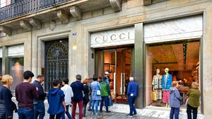 Line outside of Gucci store | Source: Shutterstock