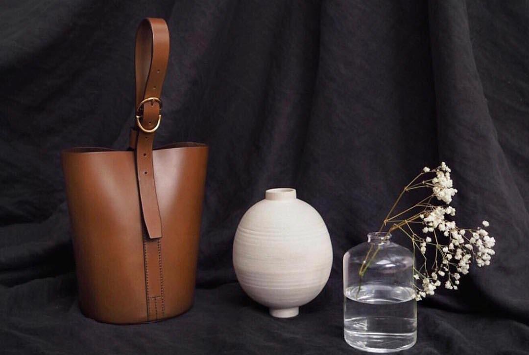 Trademark bucket bag |  Source: Instagram