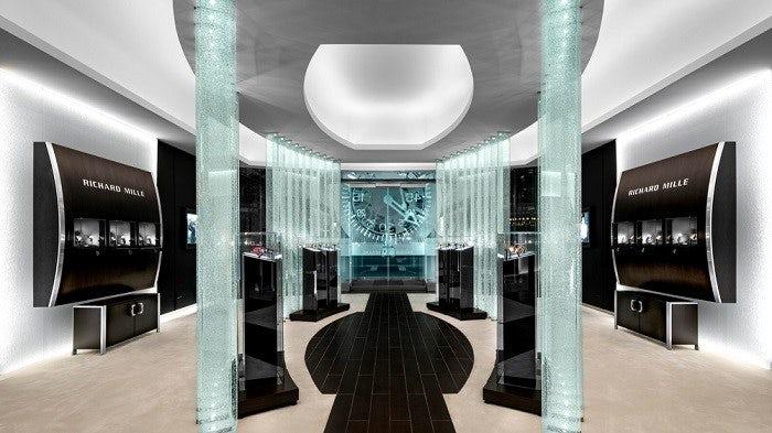 Imagic Glass installation in Richard Mille store | Photo: Philippe Lauzon