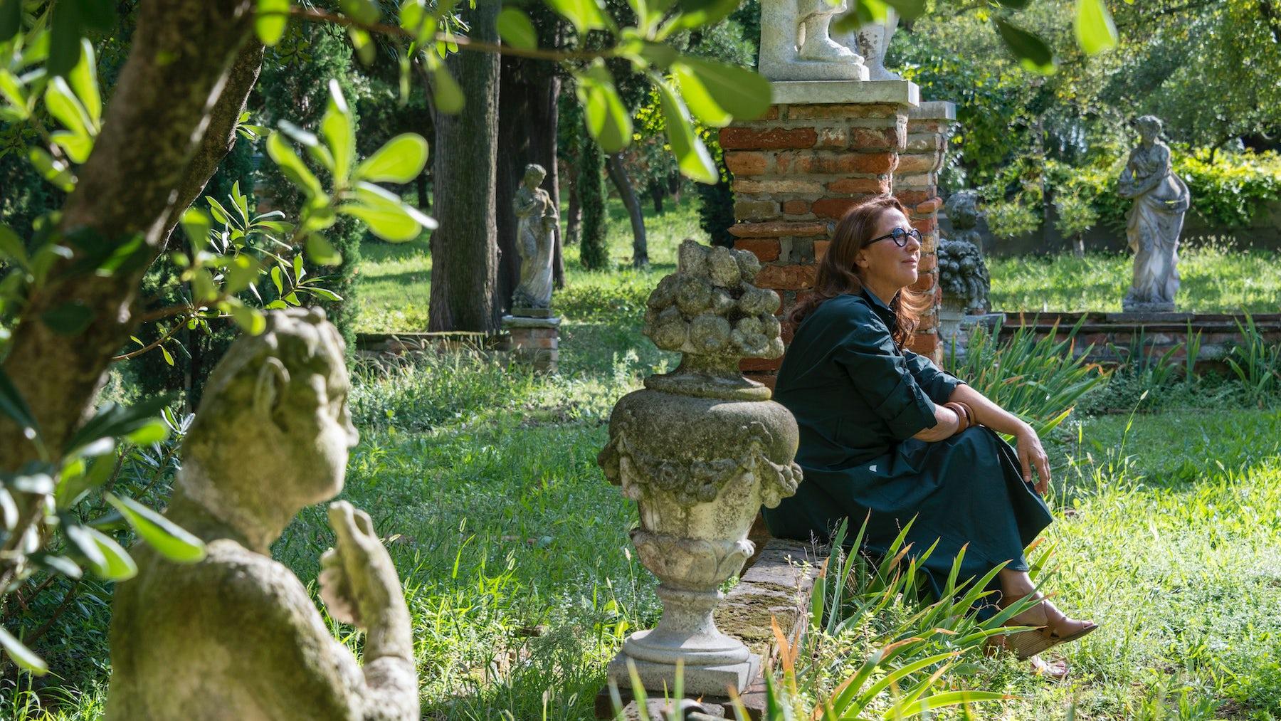 Chrstine Nagel, Hermès Nose, in the Garden of Eden in Venice | Source: Courtesy