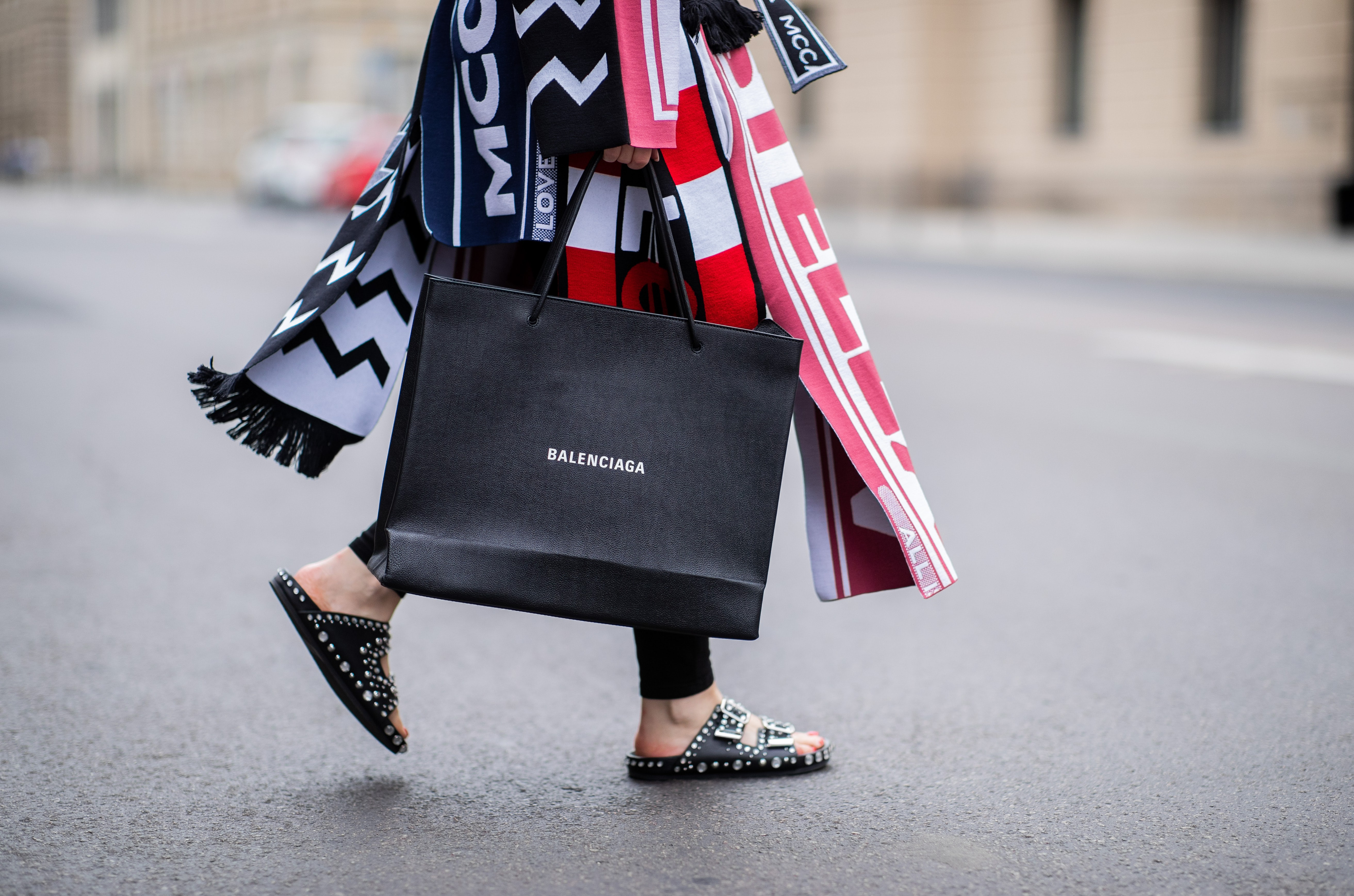 Article cover of Kering's Shopping List Should Include These Brands