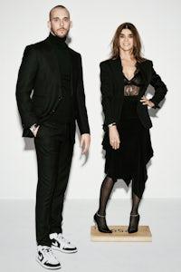 Vladimir Restoin Roitfeld and Carine Roitfeld | Source: Ferry van der Nat for Elle Russia