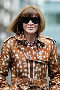 Anna Wintour outside Burberry, during London Fashion Week February 2019 | Source: Getty