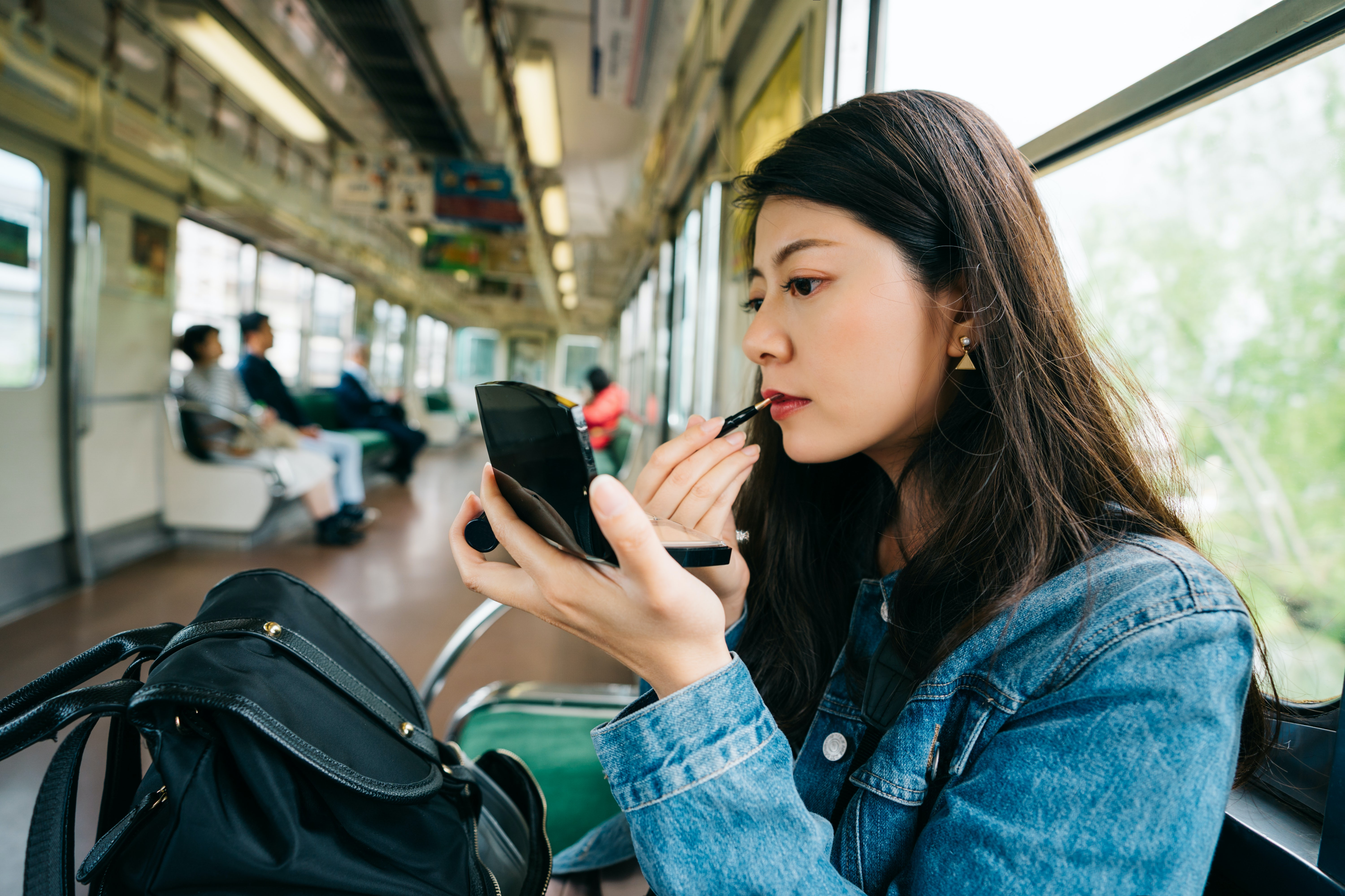 Why Japanese Millennials Are Buying Used Makeup