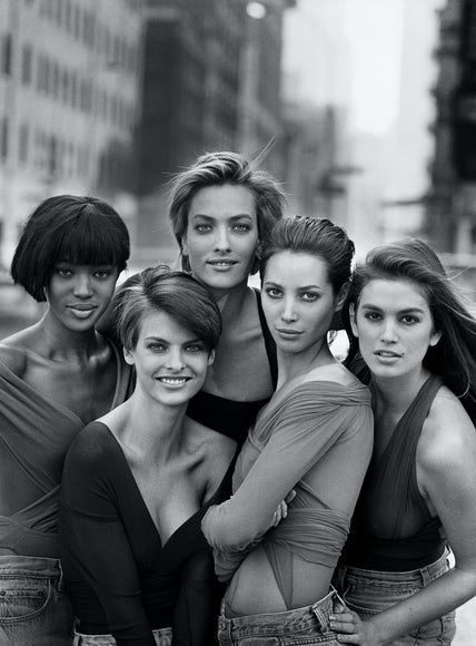 Peter Lindbergh for British Vogue January 1990 | Photo: Peter Lindbergh