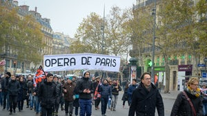 Paris Opéra taking part in a Gilets jaunes protest, December 5, 2019 | Source: Shutterstock