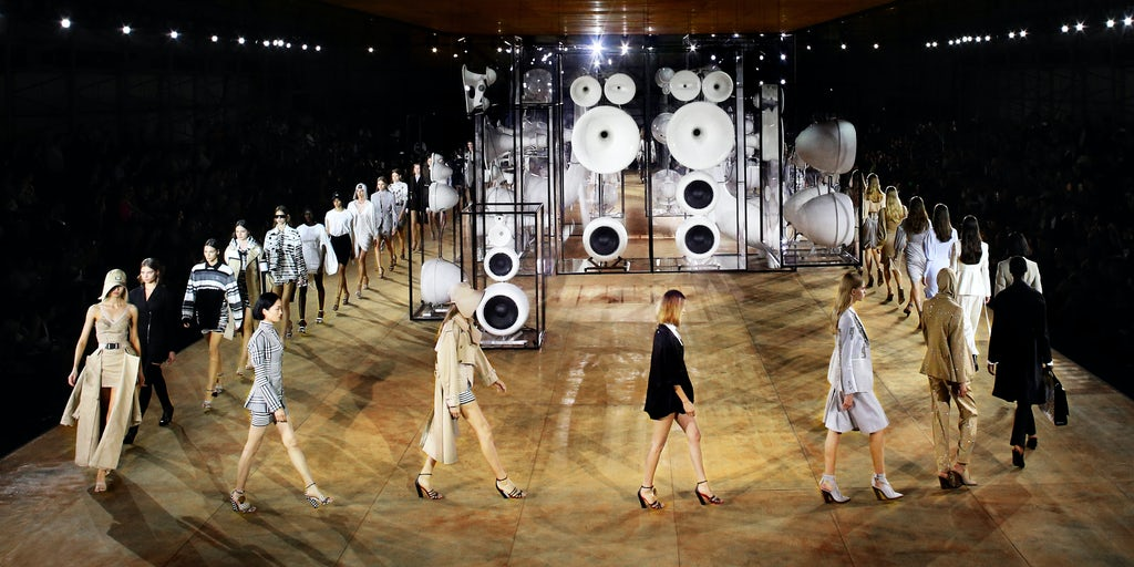 Burberry to Court Chinese Shoppers with Shanghai Show