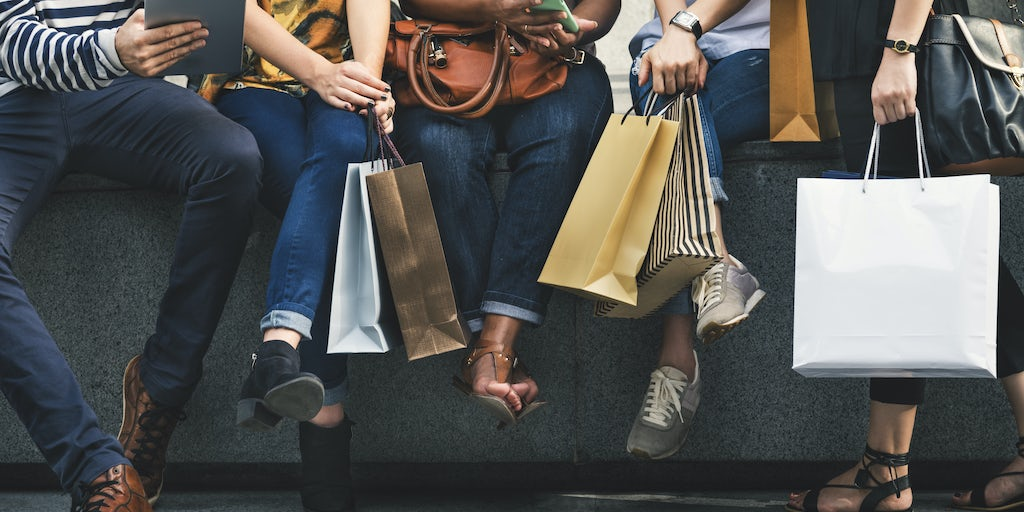 British Retail Sales Drop for Fifth Month Running