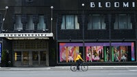 A closed Bloomingdales store in New York. | Source: Gabby Jones/Bloomberg via Getty Images
