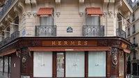 A closed Hermès shop after Paris went on lockdown | Source: Stephane Cardinale - Corbis/Corbis via Getty Images)