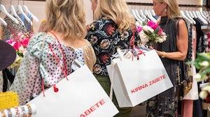 Kirna Zabete shoppers | Source: Courtesy