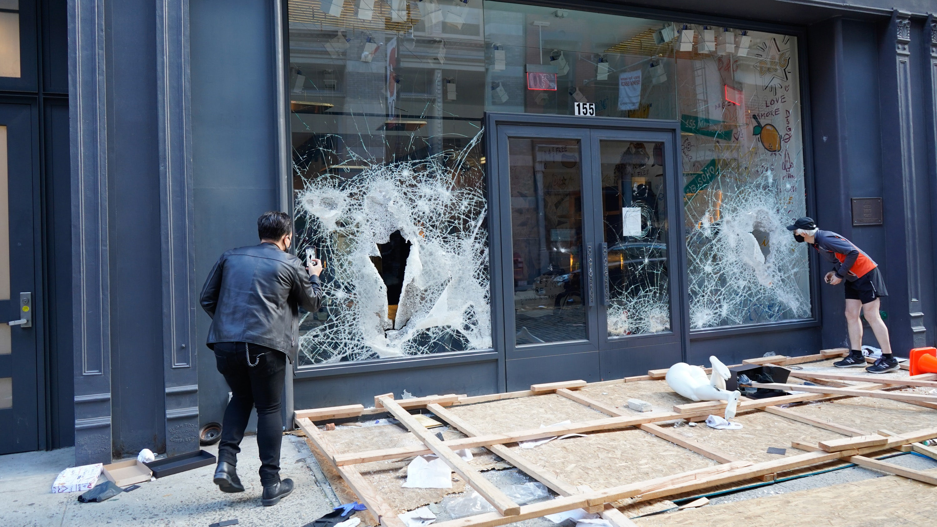 Big Retailers Say They Don't Mind the Looting. It's Different for Small Businesses.