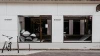 Shuttered Givenchy store | Photo: Daniel Korkhov