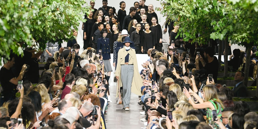 Trouble Brewing for America's Luxury Sector