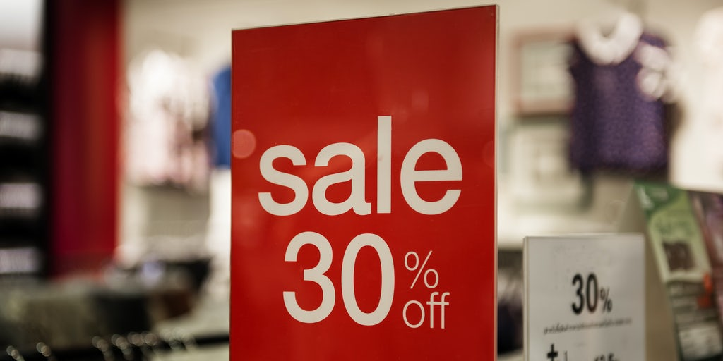 UK Retailers Increased Discounts and Promotions to Boost Sales