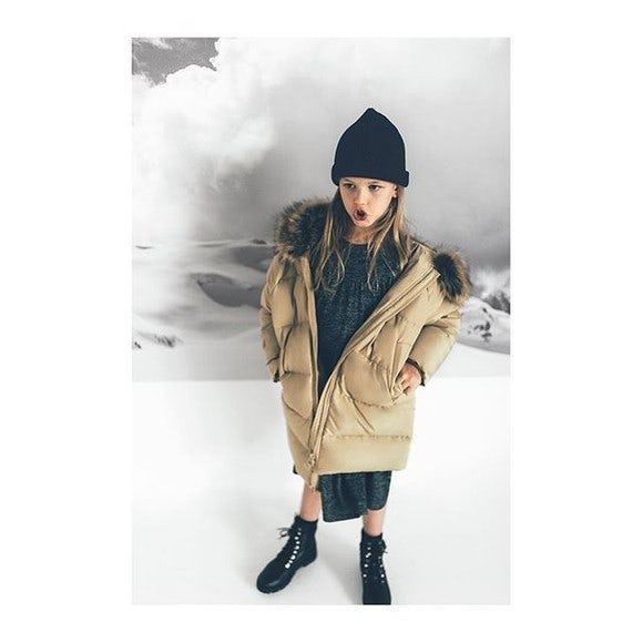 business vision of zara clothing Zara offers 24 new clothing collections each year h&m offers 12 to 16 and  refreshes them weekly among all european apparel companies, the average.